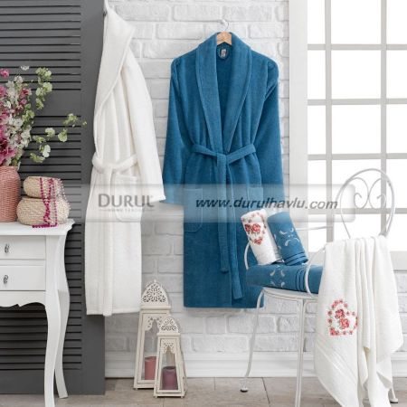 Bouchle Bathrobe Set
