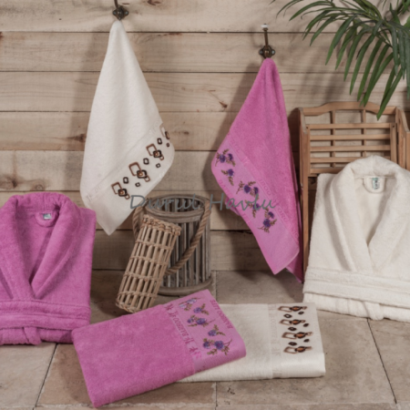 Tafting Bathrobe Set